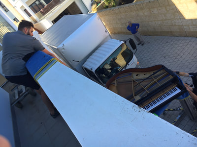 Working In With Furniture Movers/Removalist's
