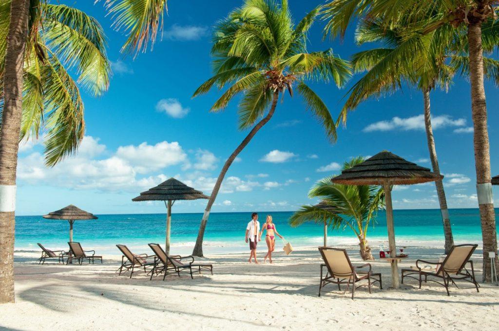 Pinele Beach Club Antigua Announces