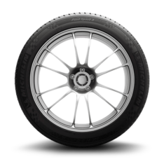 Michelin Pilot® Sport 3 | Summer