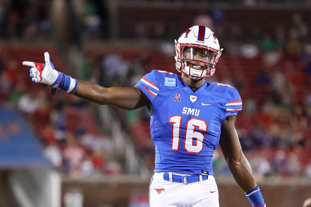 Elwood forges ahead with new WR corps to support DT and Sanders