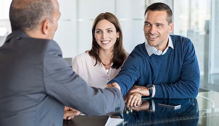 Couple Meeting Advisor