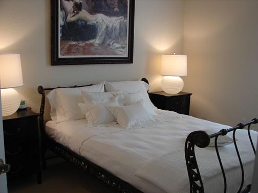 Sharon Guest Room
