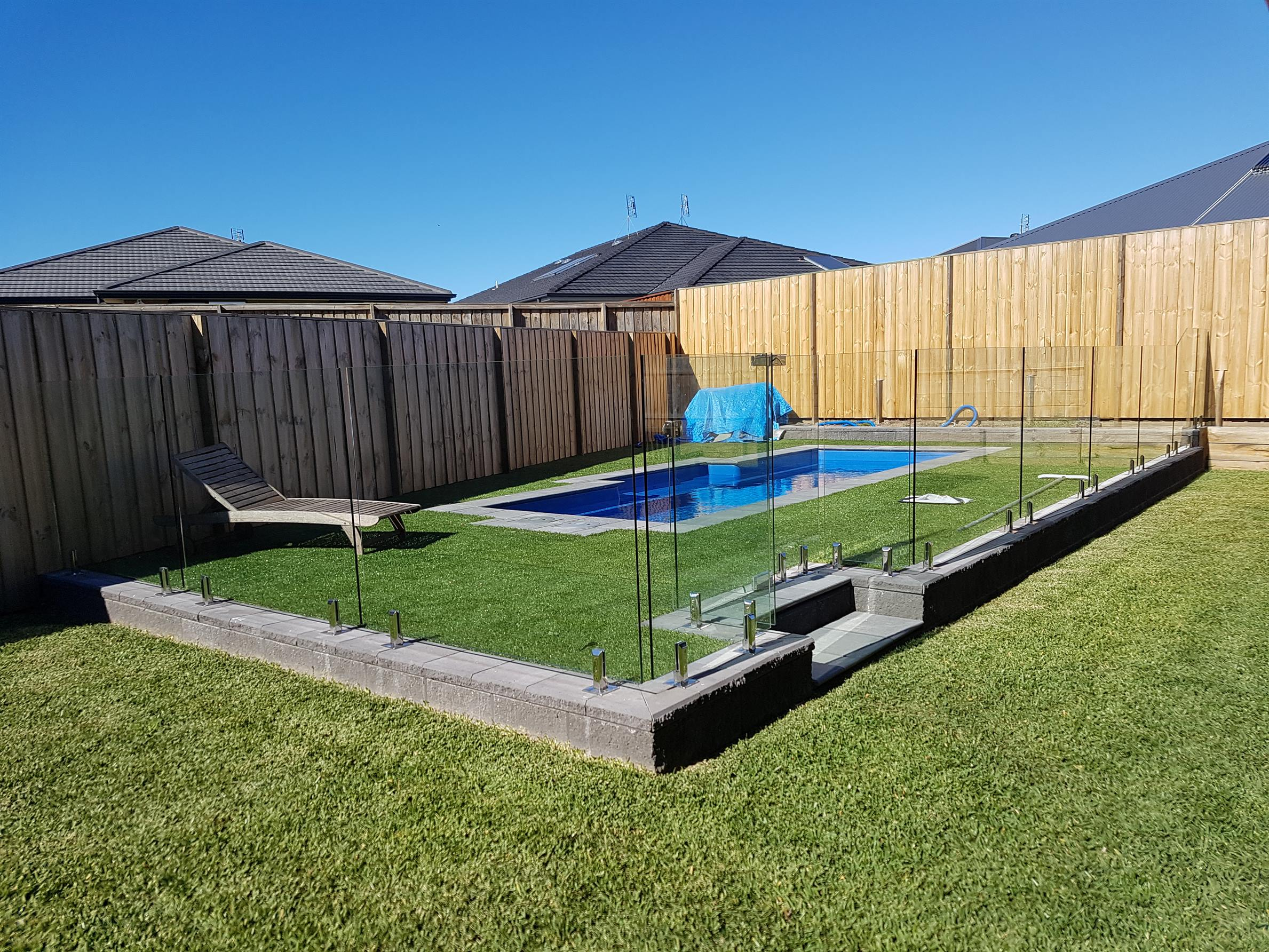 How A DIY Glass Pool Fence Or Railing Can Add Value To Your Home