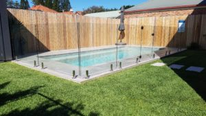 Backyard Glass Pool Fencing Solutions