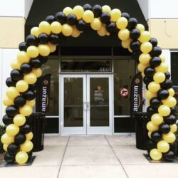Traditional Garland Balloon Arch