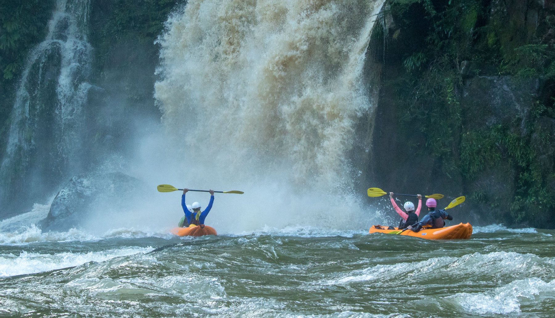 Inflatable Kayak Jondachi River | Rafting the Jondachi with waterfalls