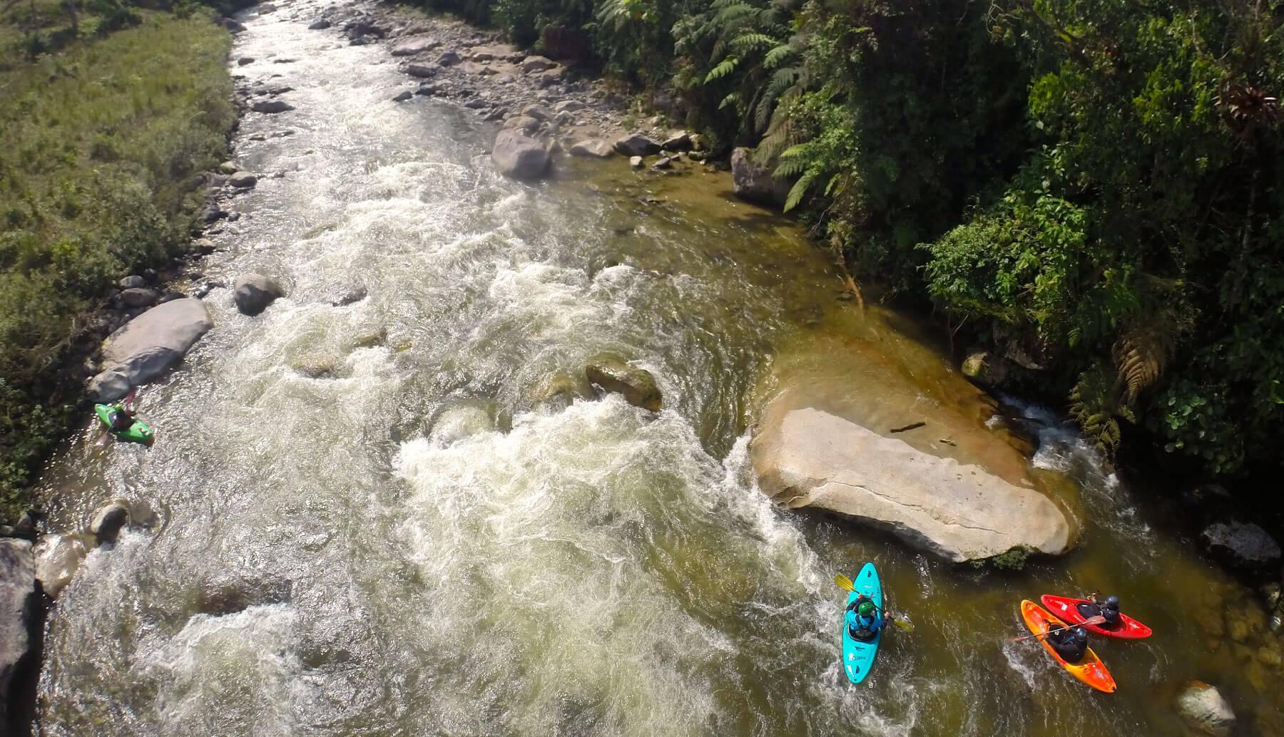 whitewater kayak ecuador   kayak guided trip south america