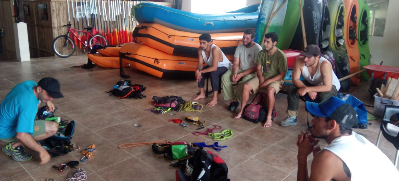 Gear Rental Kayak Ecuador | Gear rent Tena ecuador