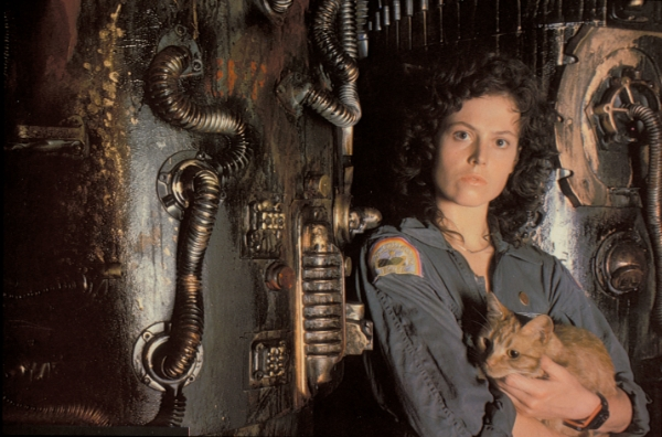 Ripley holding Jonesy in Alien