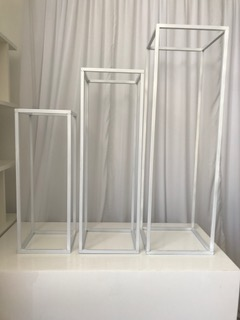 White Metal Plinth Set