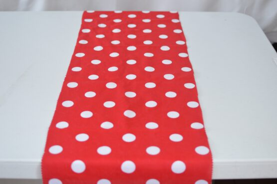 Red/White Spot Table Runner