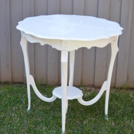 White Vintage Table