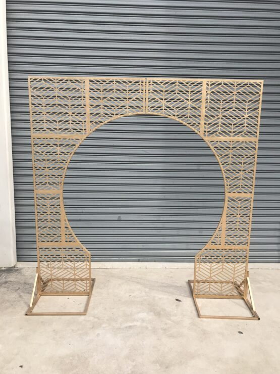 Luxe Gold Arch Backddrop