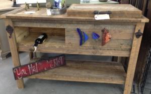 reclaimed-wooden-cooler-bar