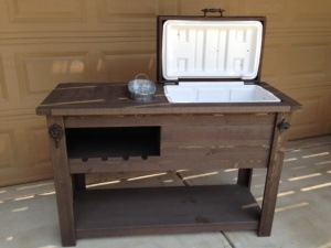 oxford-brown-cooler-table