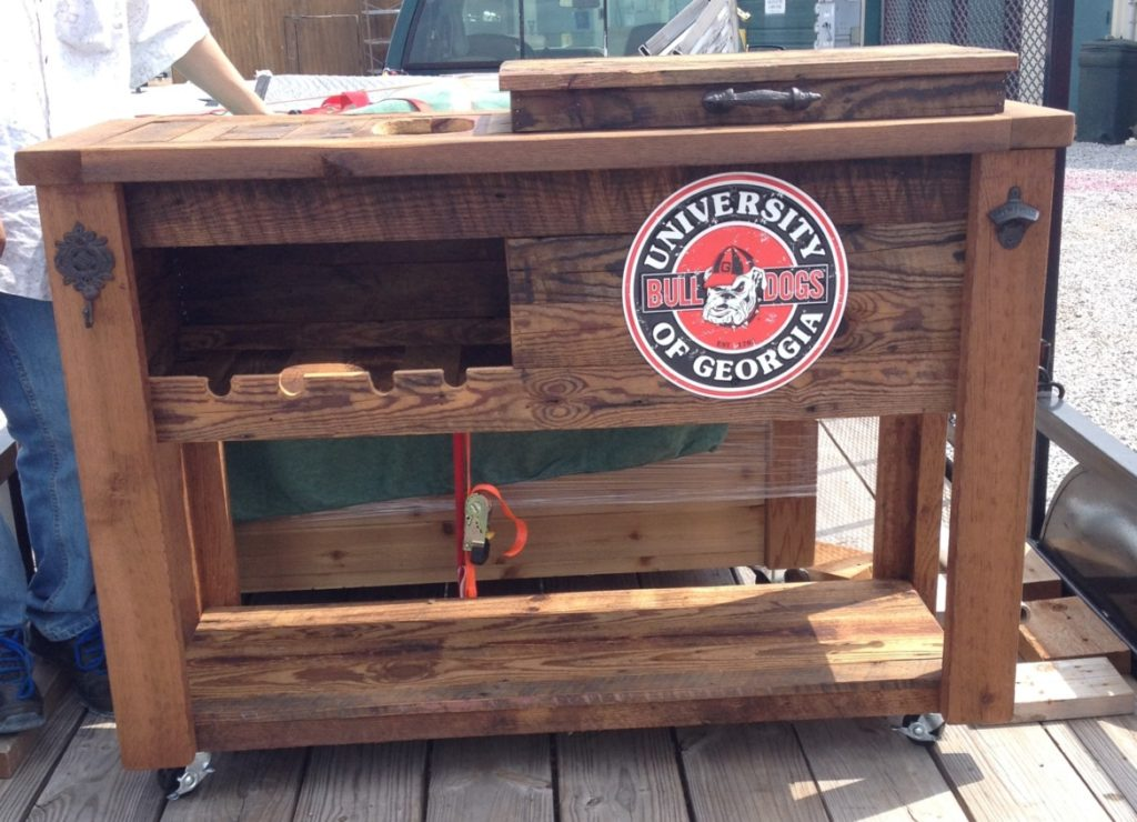 bar-cart-wine-rack-with-ice-chest-outdoor-rolling-bar-team-logo
