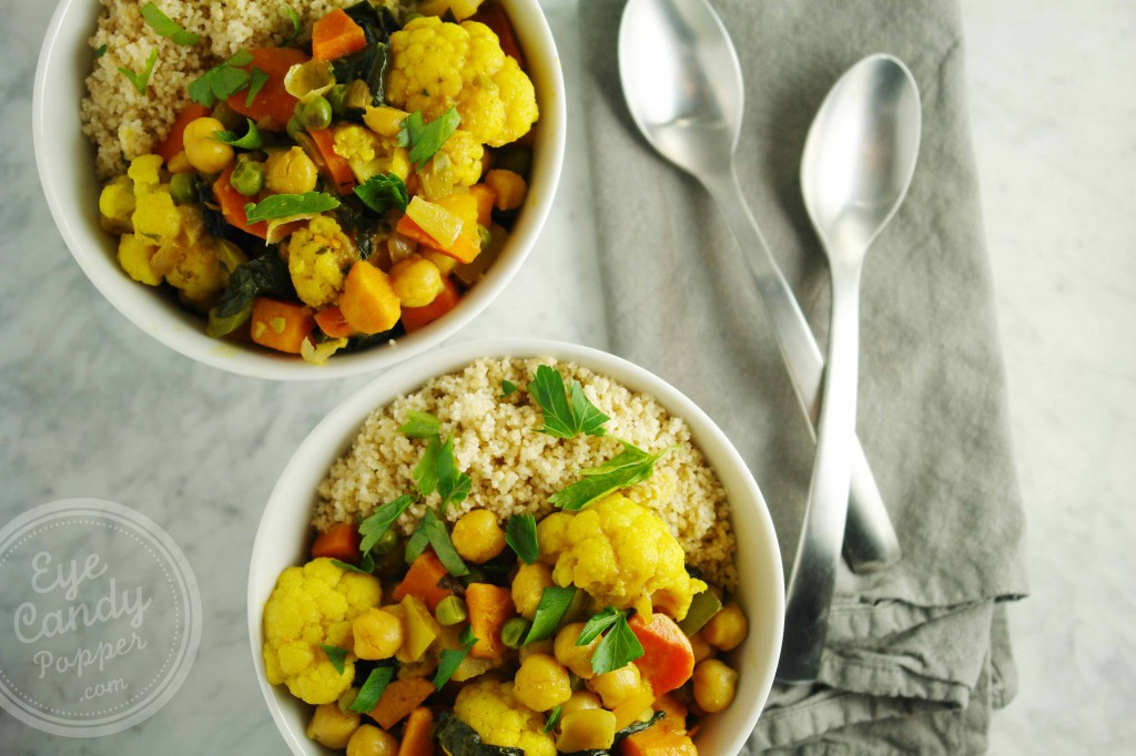 Cauliflower-and-Chickpea-vegan-curry-by-eyecandypopper.com using curry powder