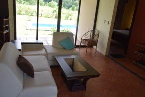 casa tinamou rental living room