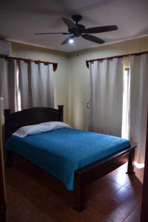 costa rica bedroom for rent