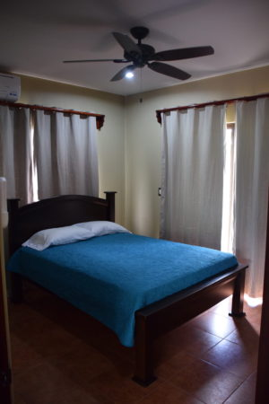 costa rica bedroom for rent