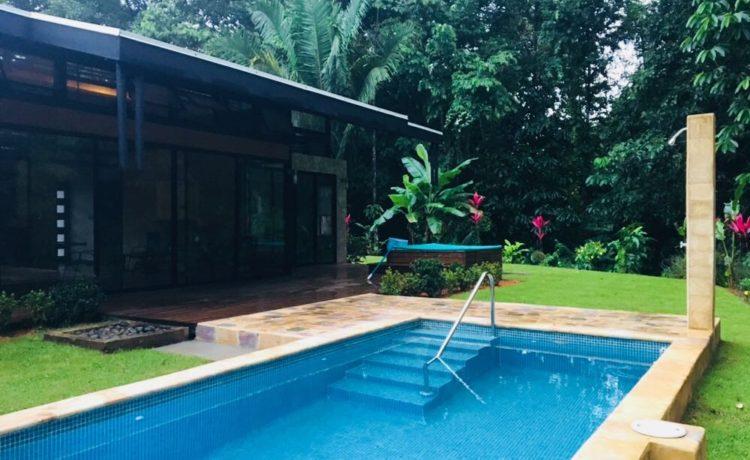 Swimming Pool Cleaning Service Bahia Ballena