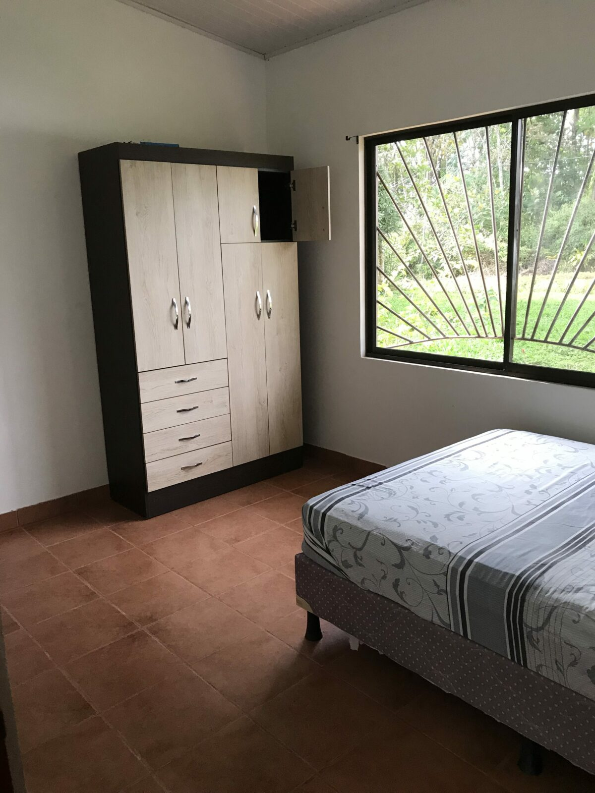 tinamaste home for rent bed2
