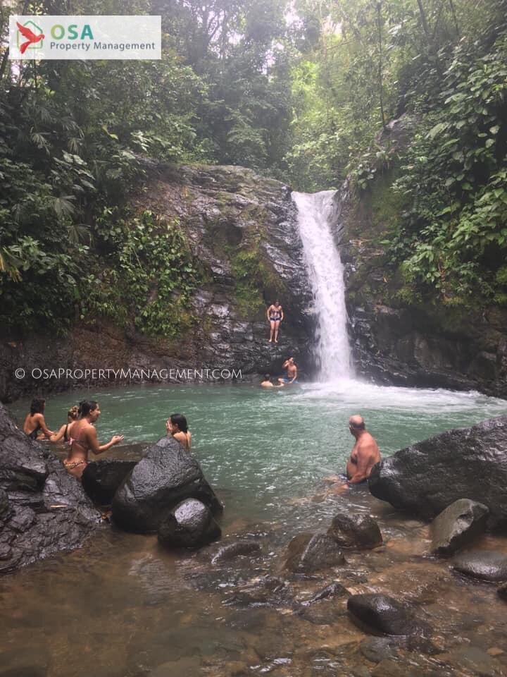 uvita waterfall vert watermark