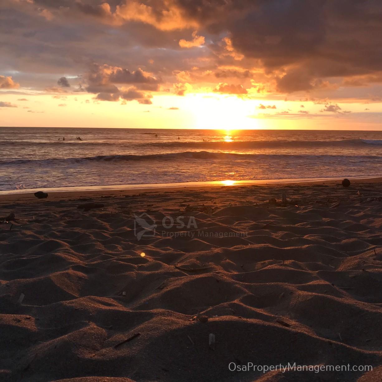 playa hermosa de osa uvita