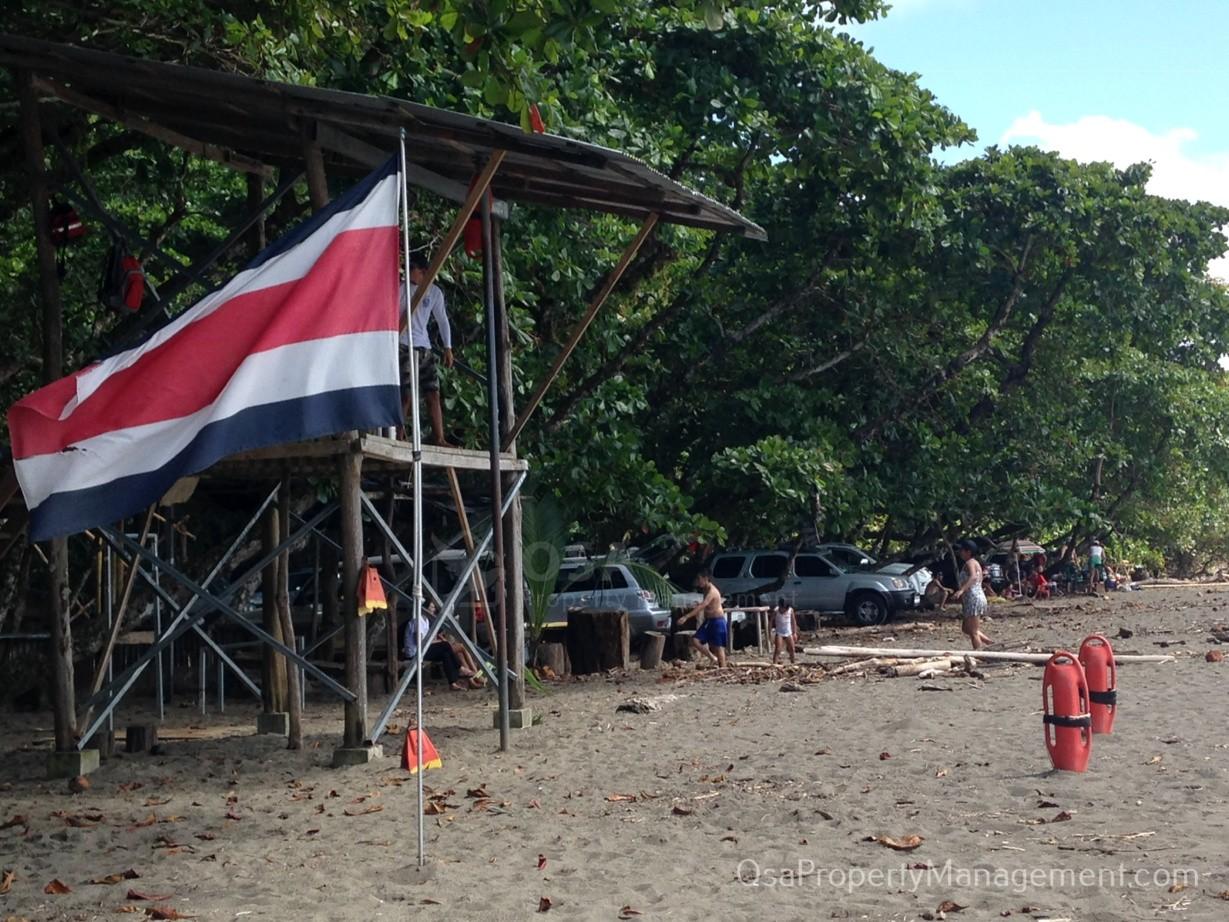 playa hermosa de osa lifeguards
