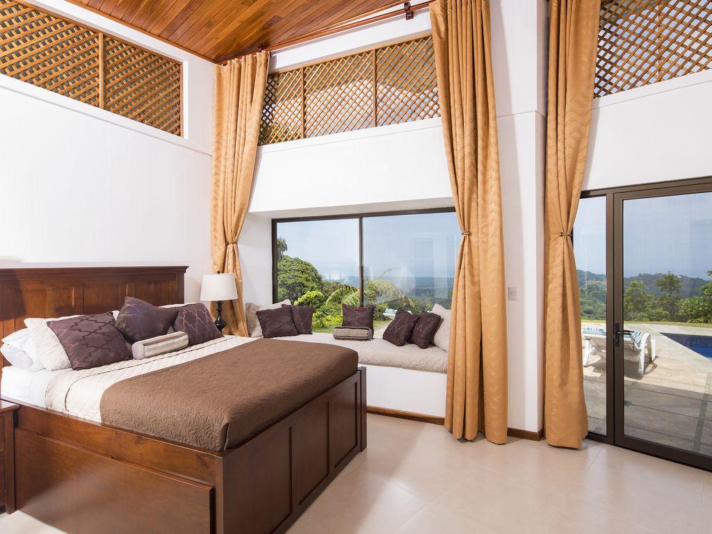 tres rios master suite