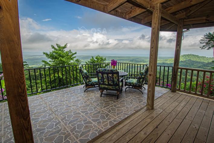Vista al Cielo 2 patio corner