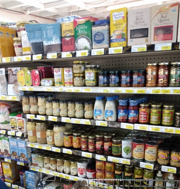 speciality items uvita grocery