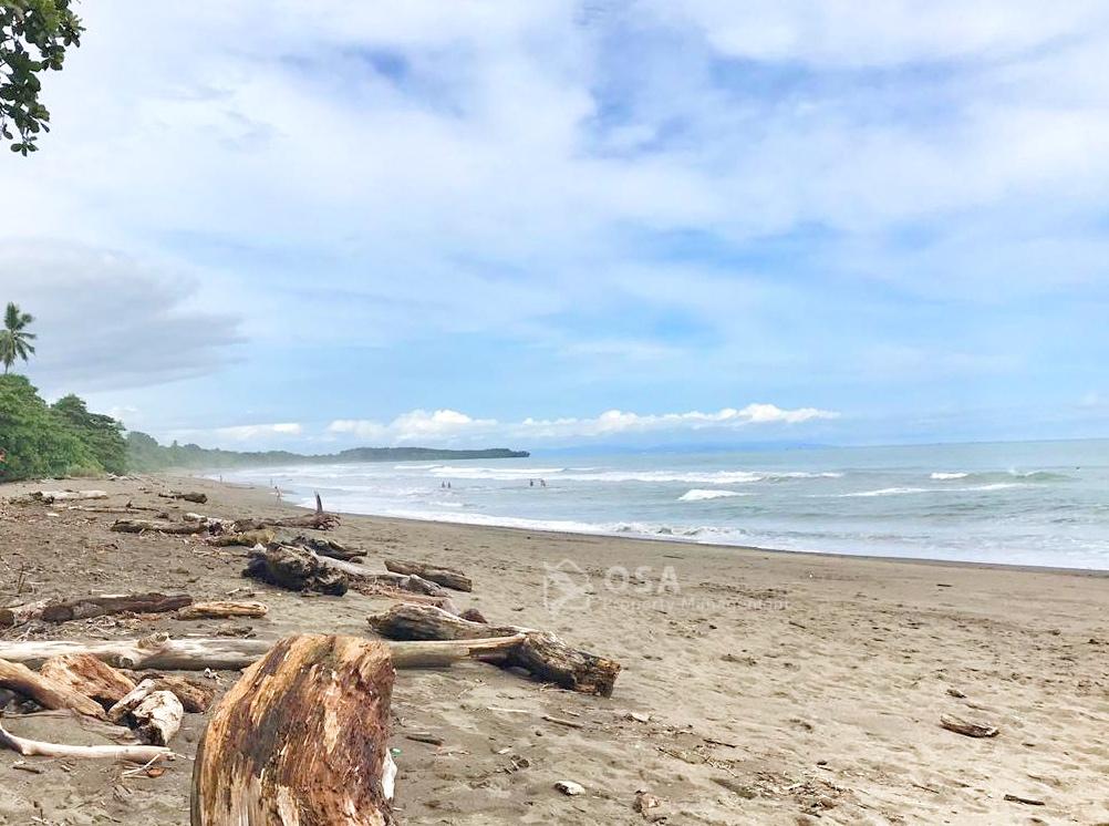 relaxing playa hermosa costa rica
