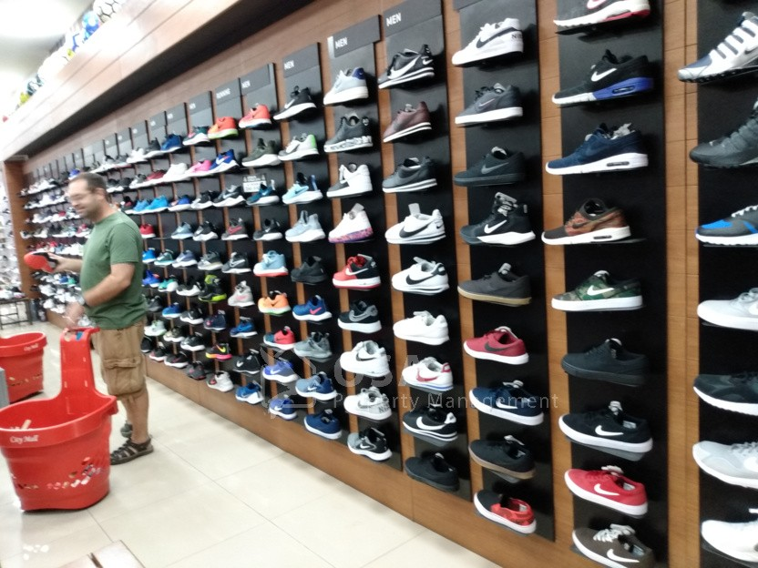 Panama shopping shoes