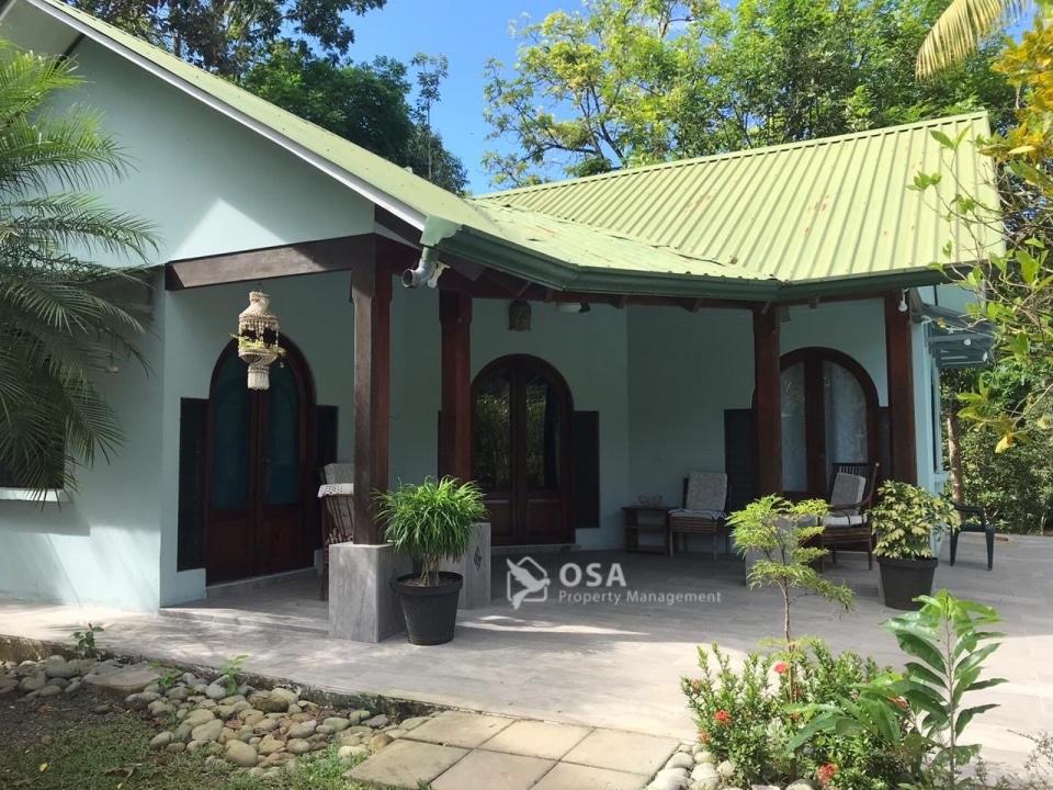 ojochal vacation rental porch
