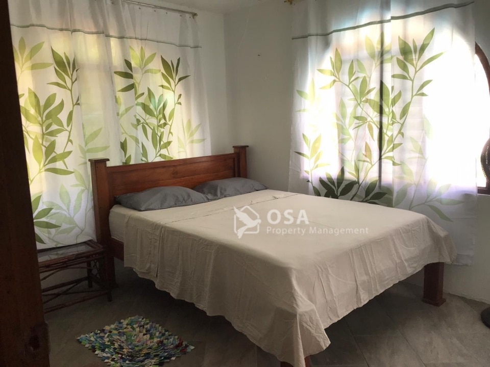 ojochal vacation rental lluvia bed