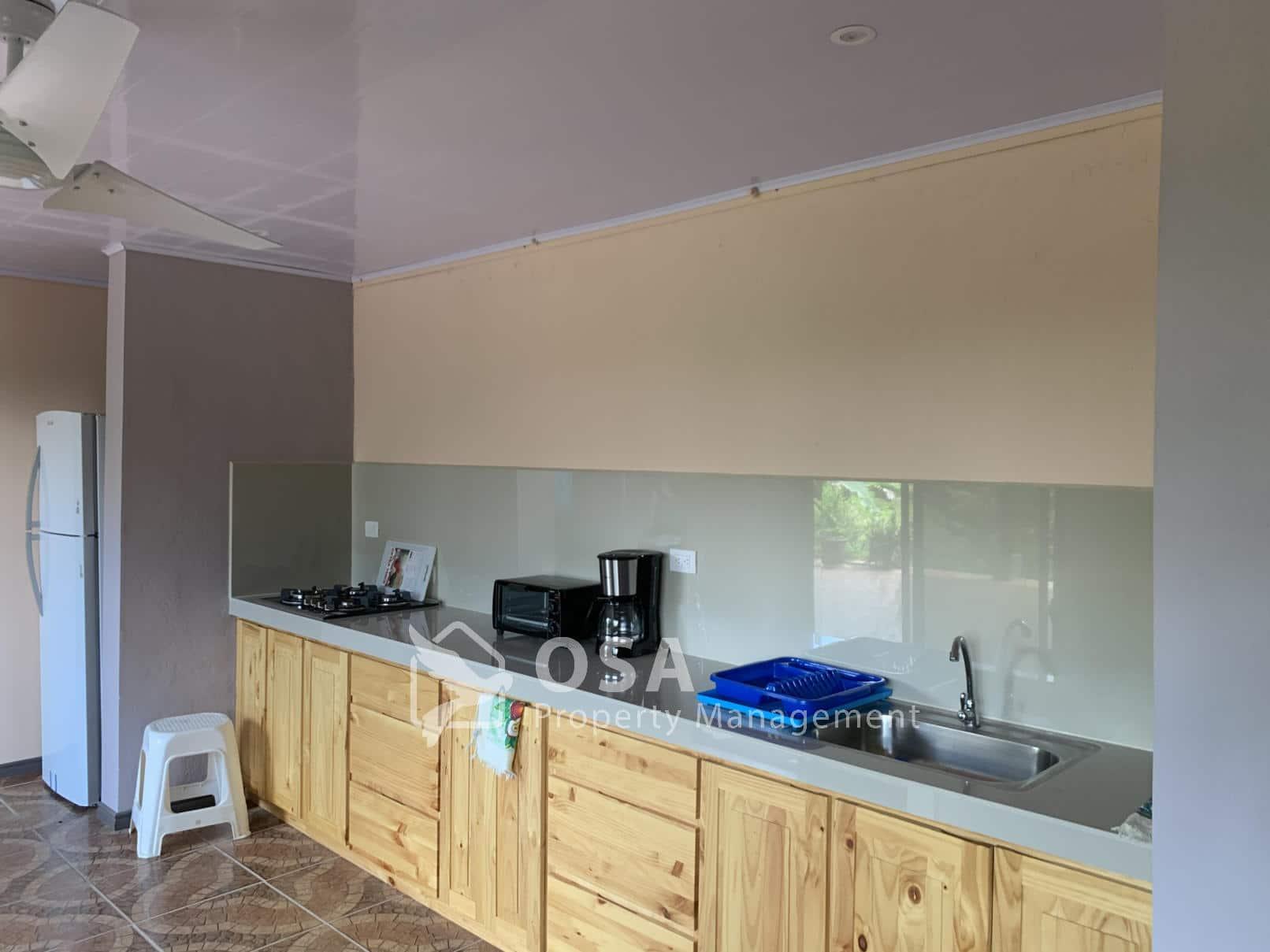 ballena lookout kitchen 1