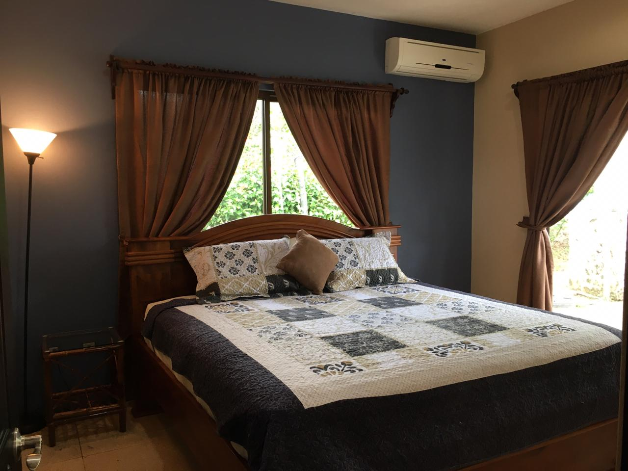 casa kingfisher master suite