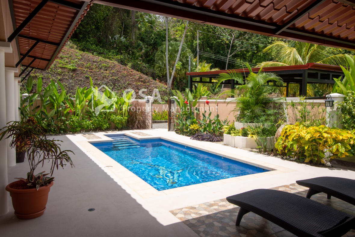 ojochal villa vida 1 pool