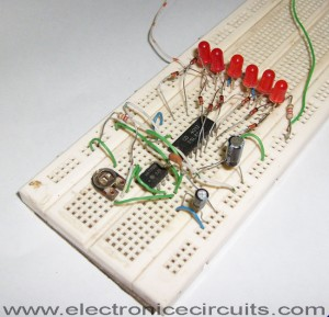 led knight rider circuit using 4017 and 555 ic's