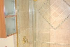 bi_fold_shower_doors_bonita_springs
