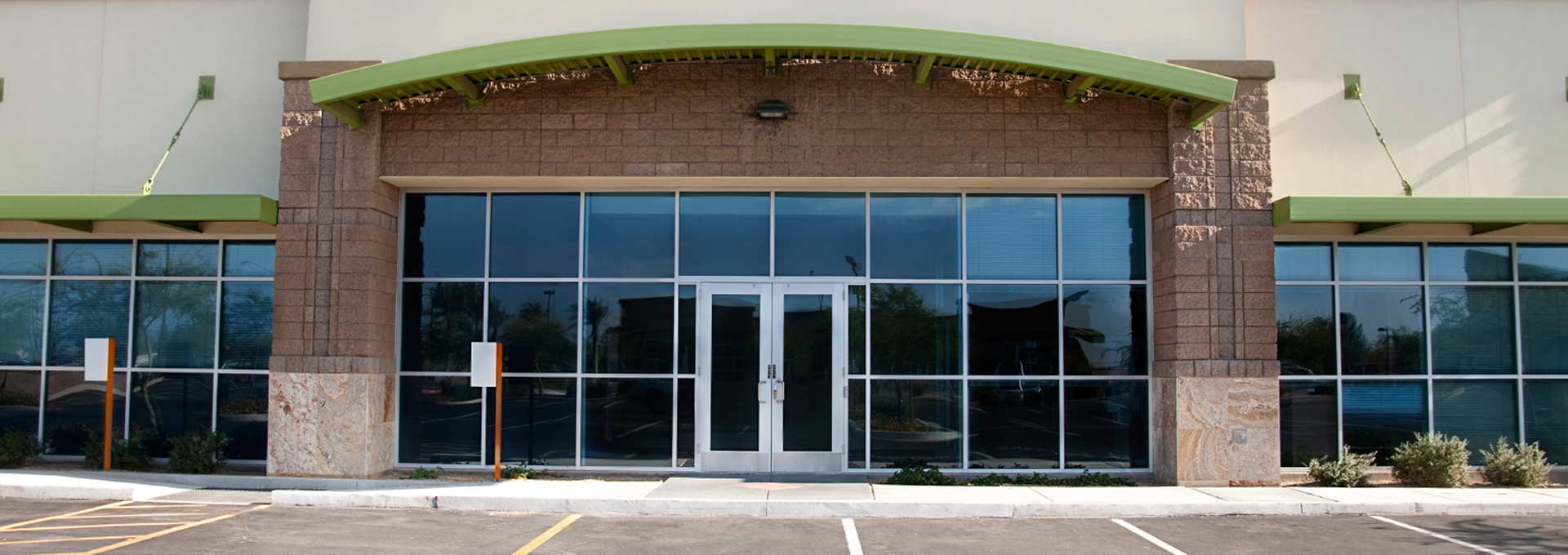 commercial-storefront-50