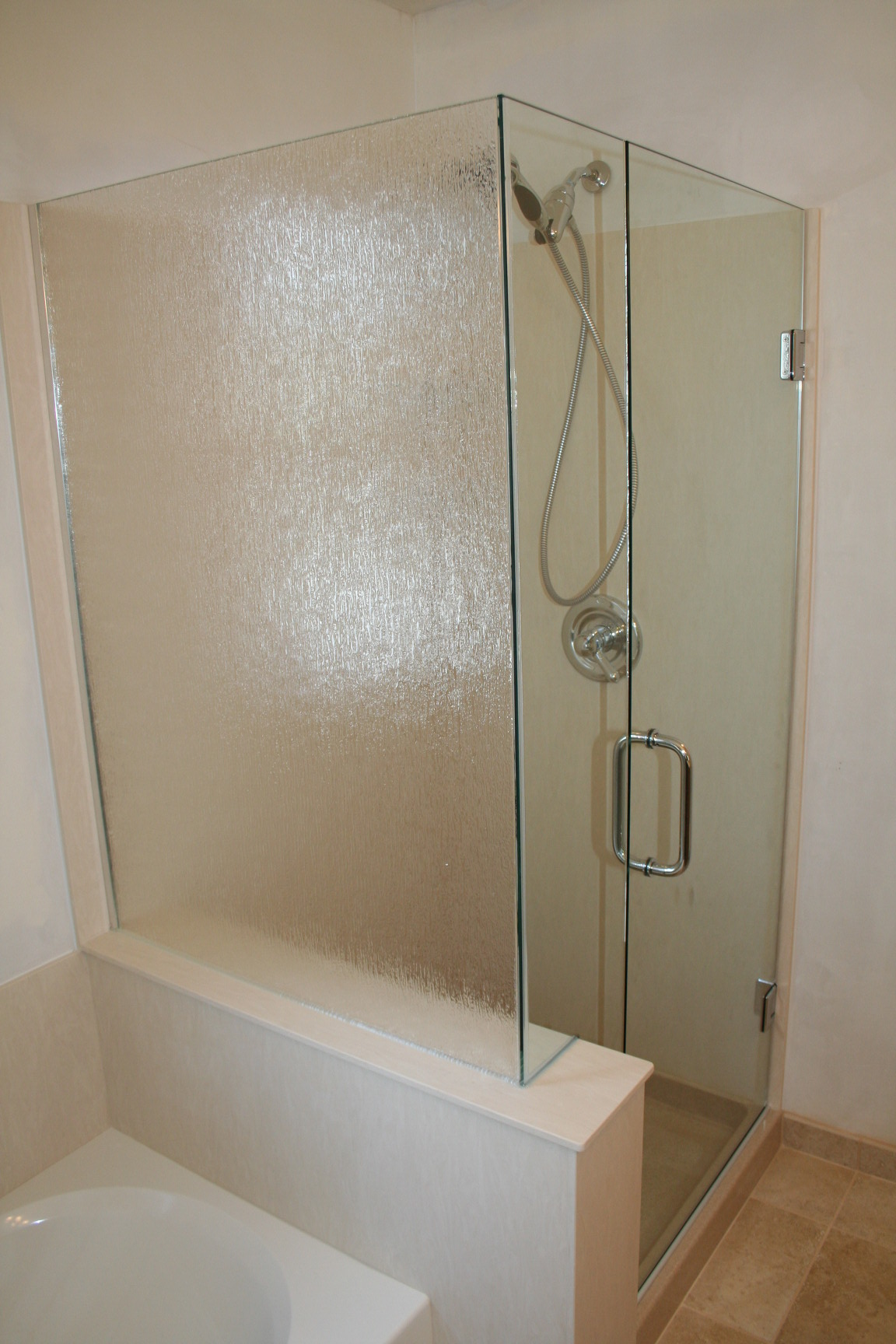 custom-shower-enclosures-34