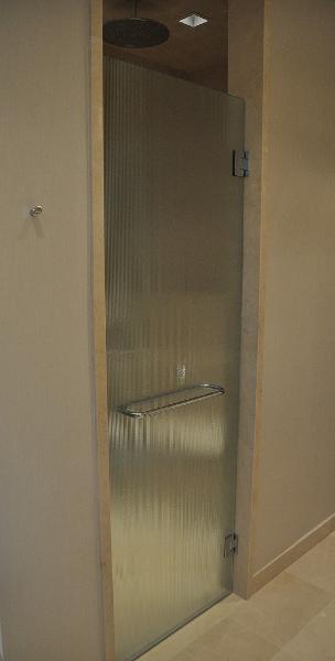 custom-shower-enclosures-56