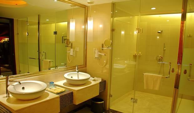 custom-shower-enclosures-6