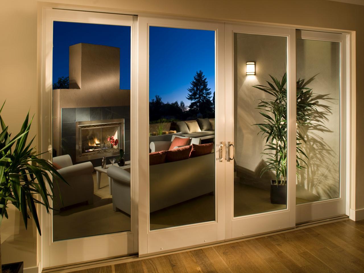 glass-folding-patio-doors-04