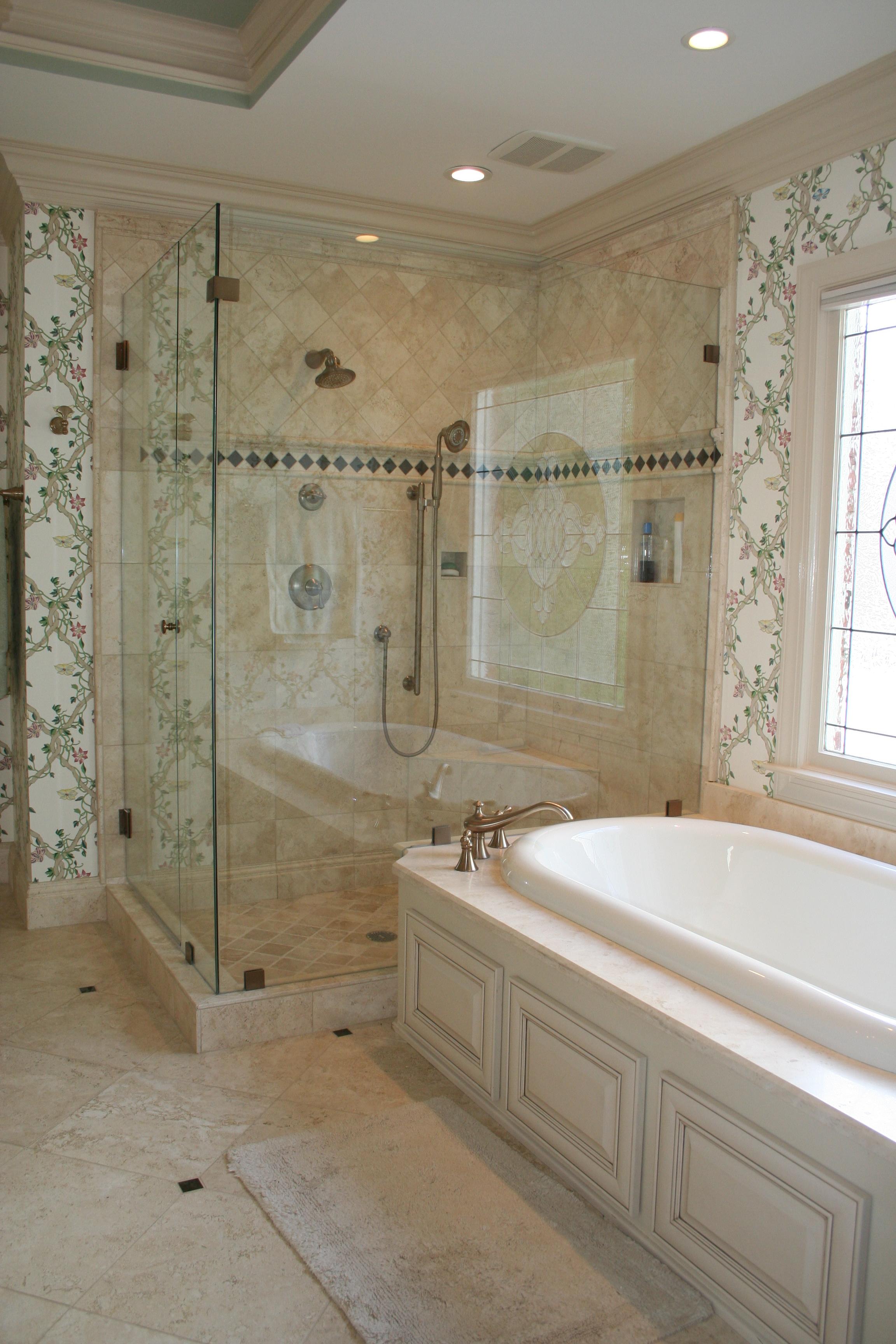 frameless-glass-shower-doors-32