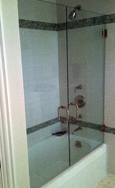 frameless-glass-shower-doors-33