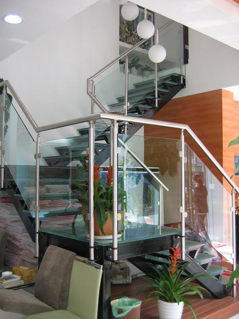 glass-railing-systems_15