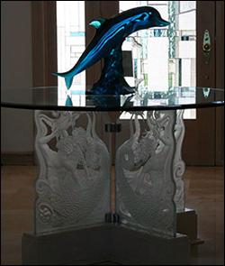 glass-table-custom-decorative